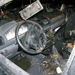 Ďalšie podpálené autá v Hlohovci!
