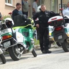 Na cestách bude viac policajtov