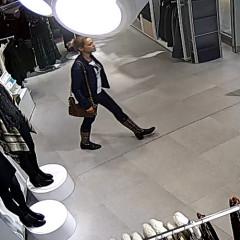 Polícia pátra po totožnosti žien podozrivých zokradnutia dvoch zákazníčok