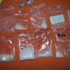 """Metamfetamín, kokaín aj marihuanu zaistili policajti pri akcii """"Pešiak"""""""