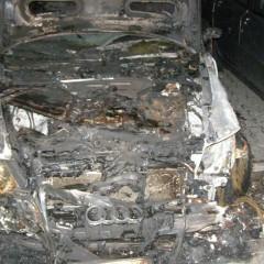 VHlohovci opäť horeli autá