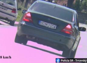 Polícia namerala vodiča Mercedesu